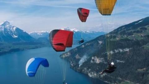 Paragliding Lake Maggiore