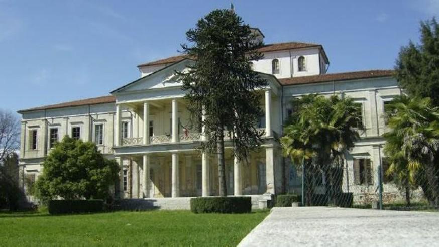 Neoclassical Villa Caccia
