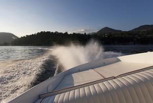 Off-shore-Lake-Maggiore