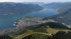CARDADA,13.06.2009 - Panoramica aerea sopra Cardada, il Locarnese, il Delta della Maggia con Ascona e Losone e Lago Maggiore / Verbano colle Isole di Brissago.  Aerofoto Photo Flight con Ernesto Looser   copyright by ETLM /  photo by by remy steinegger - www.steineggerpix.com
