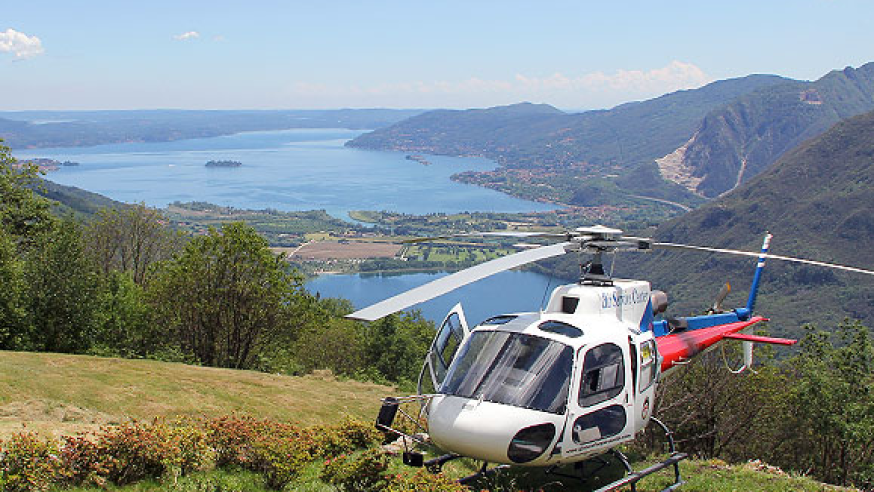 Gourmet lunch by helicopter the italian Lakes