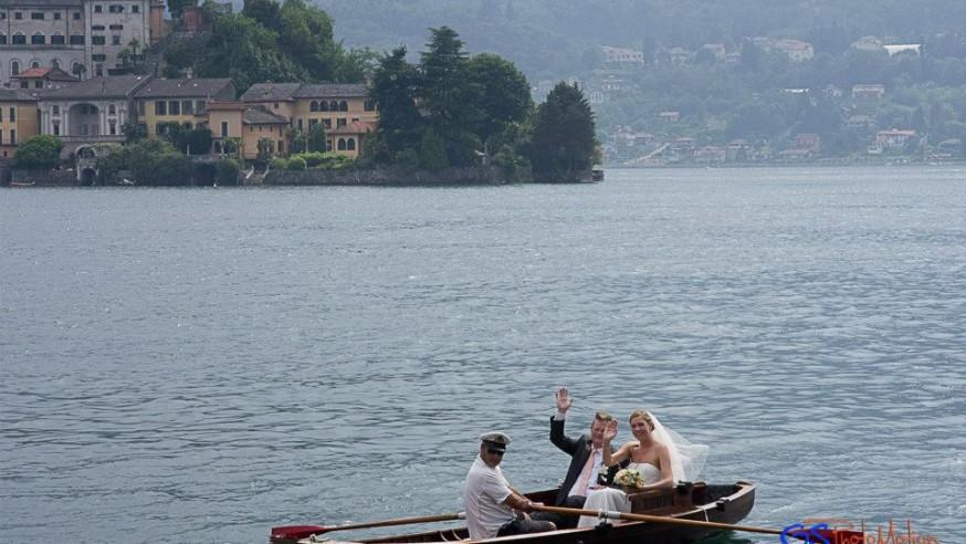 Wedding boat Lake Maggiore